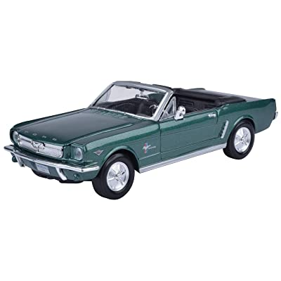 Motormax 1:24 1964 1/2 Ford Mustang Conv: Toys & Games