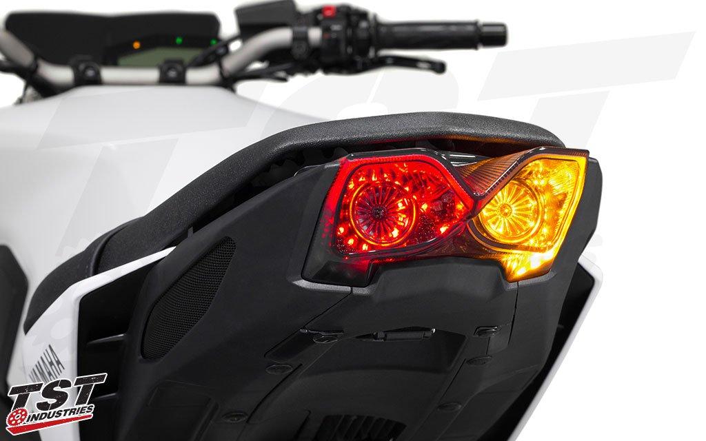 TST 新型MT-09(17-) 用ウィンカー内蔵 LEDテールライト (スモーク) B07F9JJMMN スモーク