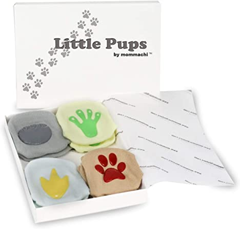 Amazon Com Baby Gift Set Animal Footprint Socks Unique Baby Shower Registry Or Newborn Present 3 15 Mnths Clothing