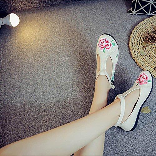 Chuangli Broderade Vintage Blomma Flats Skor Super Bekväm Gummisula Casual Skor Beige