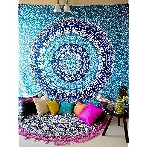 college dorm room wall decor amazon com