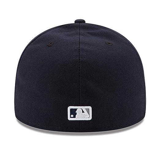 360b84e58bb Amazon.com  New Era Mens New York Yankees MLB Authentic Collection 59FIFTY  Cap  Clothing