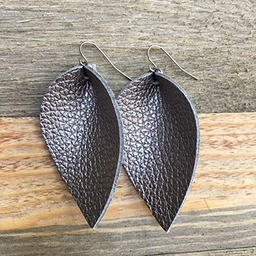 Teardrop Leaf Leather Earrings in Silver Platinum Gray Metallic (Leather Platinum Ring)