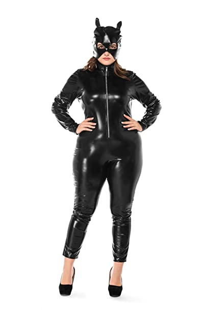 Plus size catwoman cosplay
