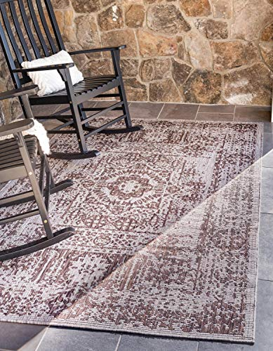 Unique Loom Outdoor Traditional Collection Distressed Vintage Medallion Transitional Indoor and Outdoor Flatweave Light Brown  Area Rug (9' 0 x 12' 0)
