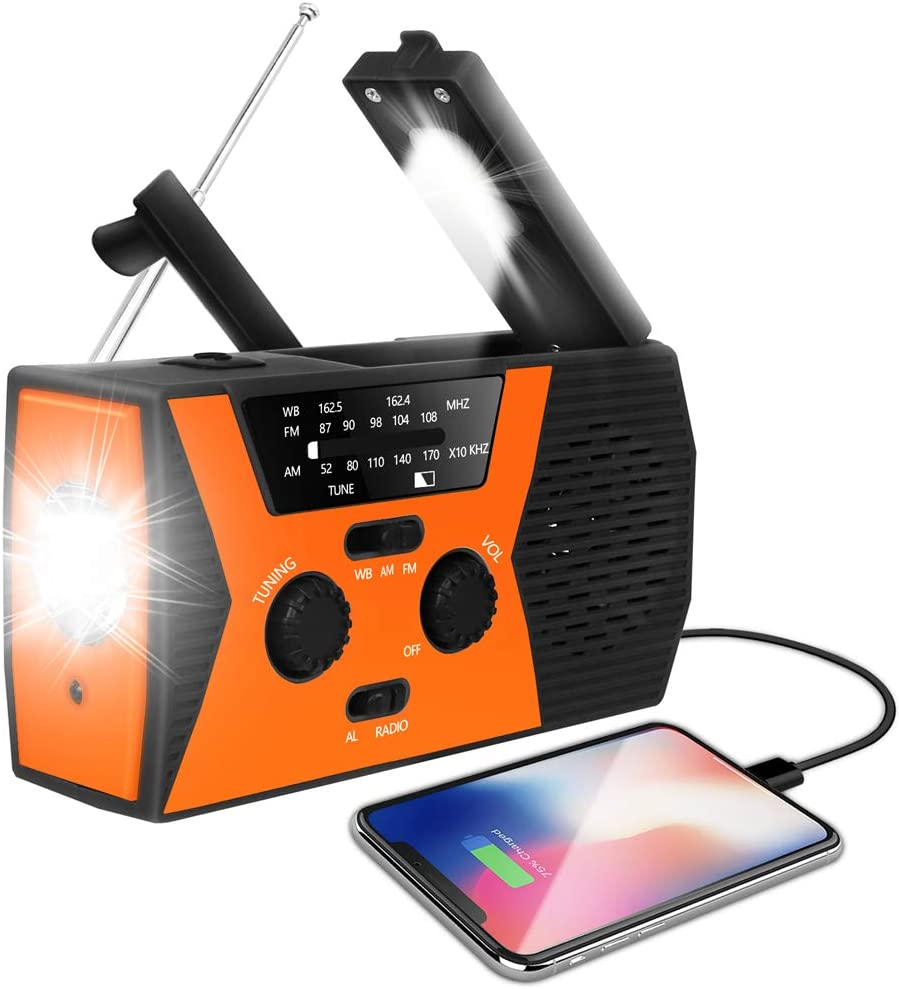 Emergency solar power hand radio//cellphone charger with USB connector