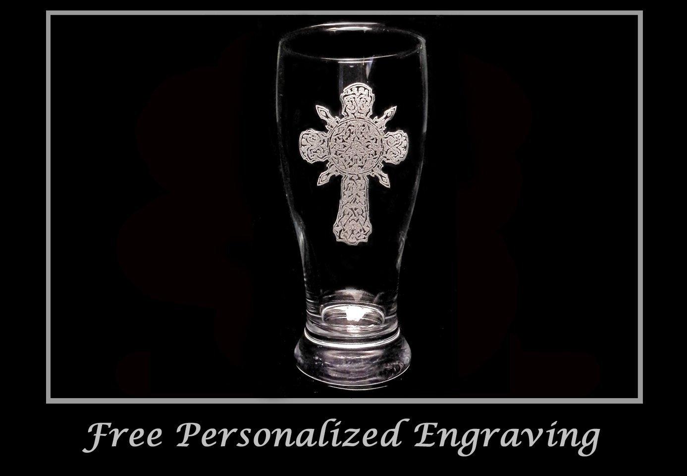 Celtic Cross Pint Glass - Free Personalized Engraving, Cross beer glass, groomsmen gift, Irish pint glass, Christian Decor