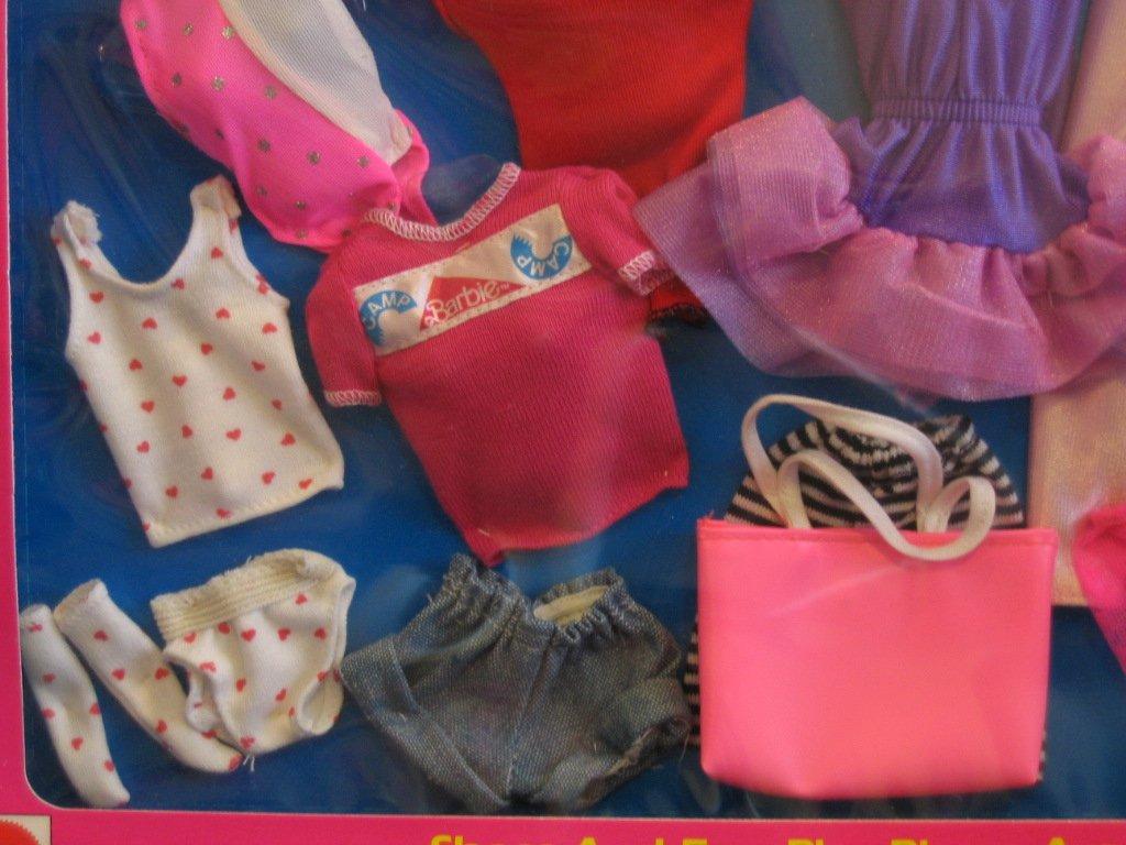 Amazon.com: Barbie 6 Fashion Set de regalo W piezas de ...