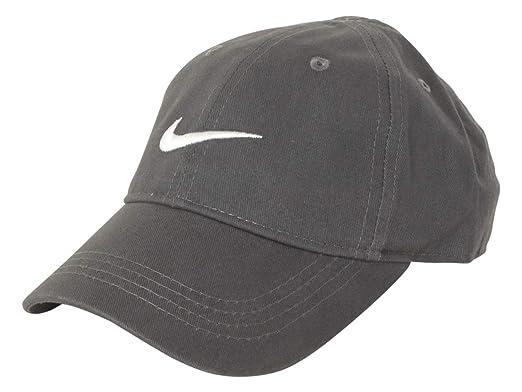 Nike - Gorra para niñas con logotipo de Nike: Amazon.es: Deportes ...