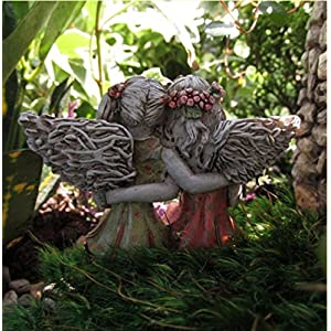 Miniature-Fairy-Garden-Best-Friends