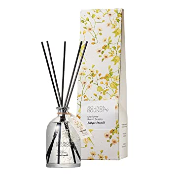 Amazon Com Round A Round Dryflower Room Scents 145ml Pure And Fresh Floral Scent Perfumed Reed Diffuser For Home And Room Fragrant Homes Rooms Office Bathroom Living Room Baby S Breath Beauty