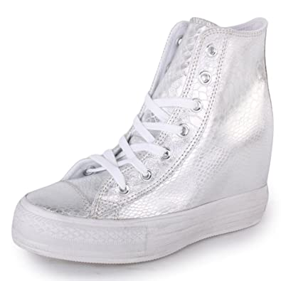 fdd67bebb560 Converse Chuck Taylor Platform Plus 542610C Womens Laced Leather Trainers  Silver - 4  Amazon.co.uk  Shoes   Bags