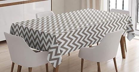 Imagen deABAKUHAUS Cheurón Mantele, Gris y Blanco del Zigzag, Fácil de Limpiar Colores Firmes y Durables Lavable Personalizado, 140 x 200 cm, Calentar Topo Blanca