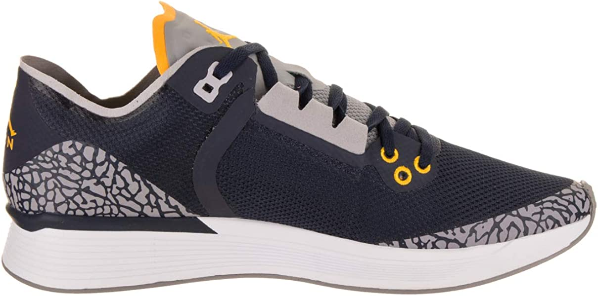 online retailer 6da9e 22e6e ... Jordan Nike Men s 88 Racer College Navy Amarillo Running Shoe 8 Men US  ...