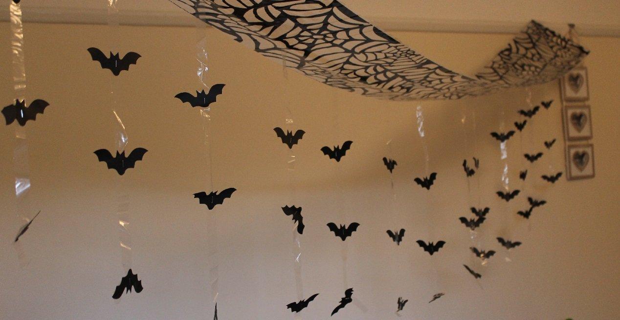 Itp Halloween Bat Attacco da soffitto Foil Decorazione da Appendere, Nero, 3m x 30cm M-48318