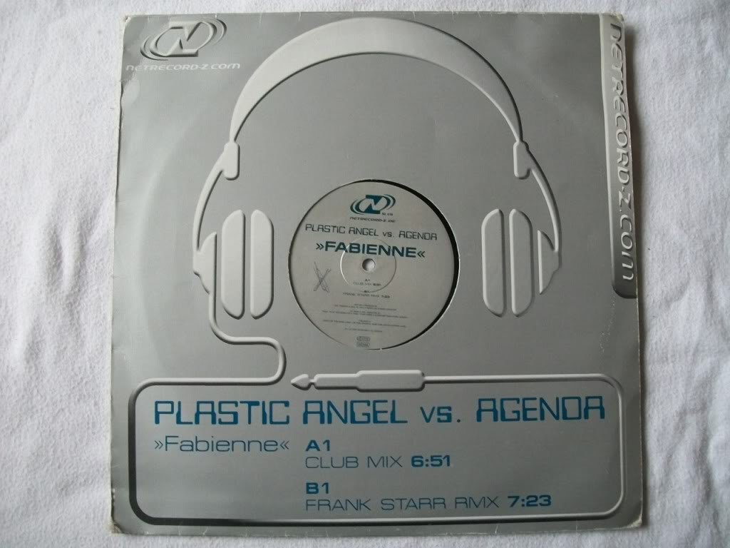 PLASTIC ANGEL vs AGENDA Fabienne 12