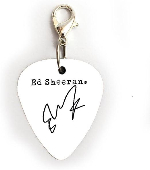 Firma de Ed Sheeran púa de guitarra Plectrum llavero pulsera collar pendientes Pin, Charm A: Amazon.es: Instrumentos musicales