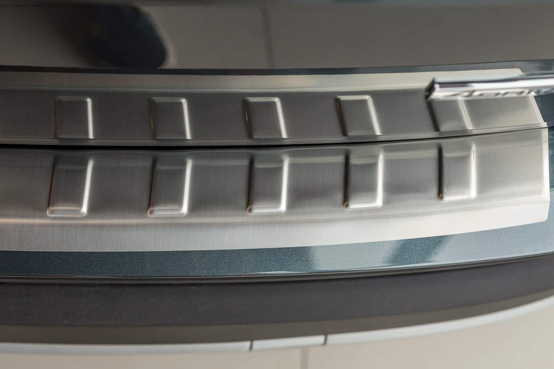 Tuning-Art L224 Edelstahl Ladekantenschutz mit Abkantung fahrzeugspezifische Passform