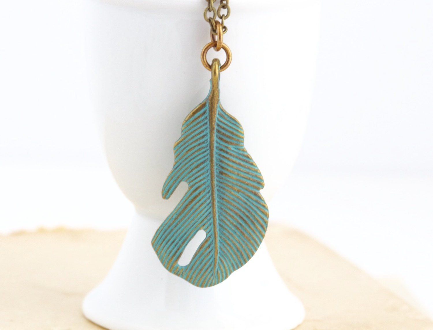 Green Feather Pendant Necklace - 26 Inch Chain