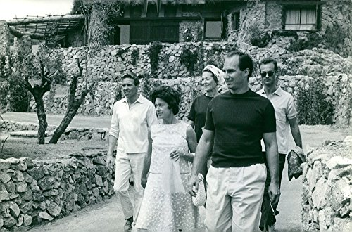 Vintage photo of Princess Margaret, Countess of Snowdon walking with Antony Armstrong-Jones, Aga Khan and other...