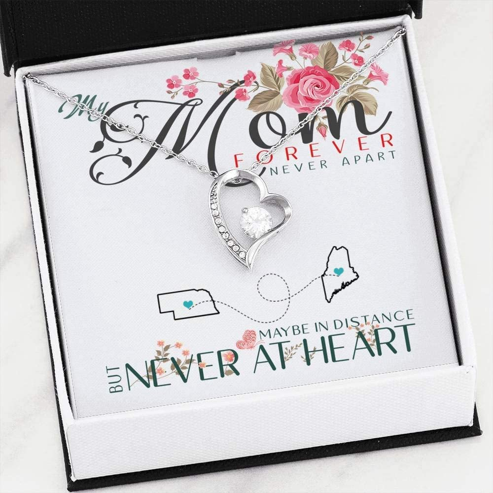 Heart Necklace Pendant Necklace with Message for Mom Daughter My Mom Forever Never Apart Maybe in Distance But Never at Heart Nebraska Maine FamilyGift Mother Daughter Necklace
