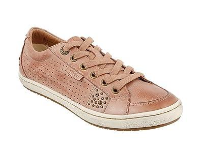 Taos Footwear Women's Freedom Blush Sneaker 6 B (M) US