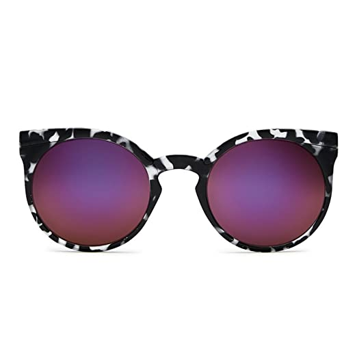 9b2ca8be9bb Image Unavailable. Image not available for. Color  Quay Australia KOSHA  Women s Sunglasses Lightweight Modern Round ...