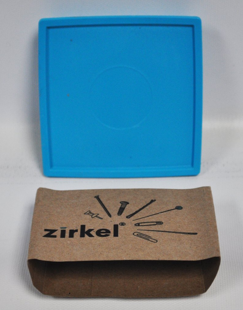 Zirkel Magnetic Pin Cushion Turquoise Zirkel Magnetic Organizer
