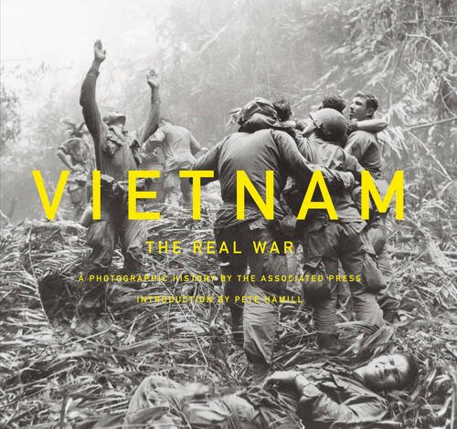 Vietnam: The Real War: A Photographic History by the Associated ()