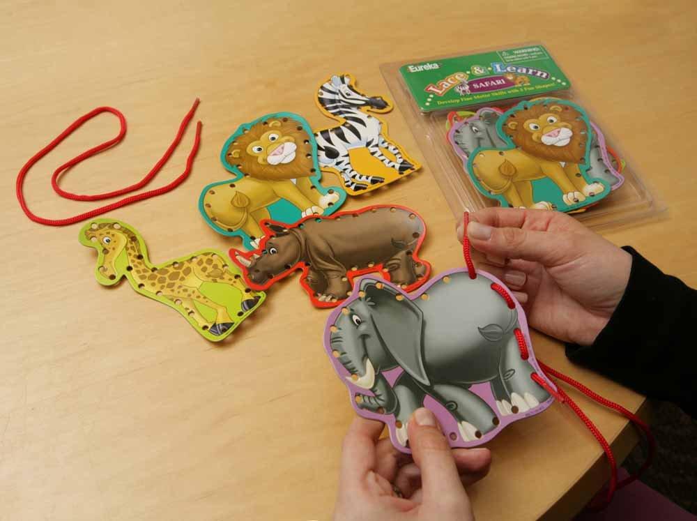 Eureka Lace and Learn Safari Animals Stickers BERYD 867510