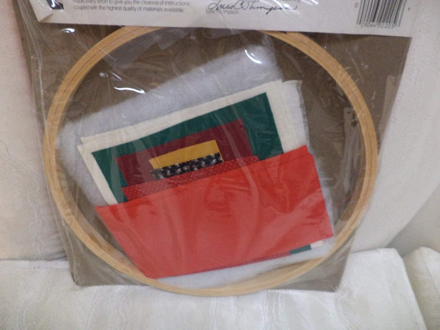 Red Cardinal Kit with Framing Hoop