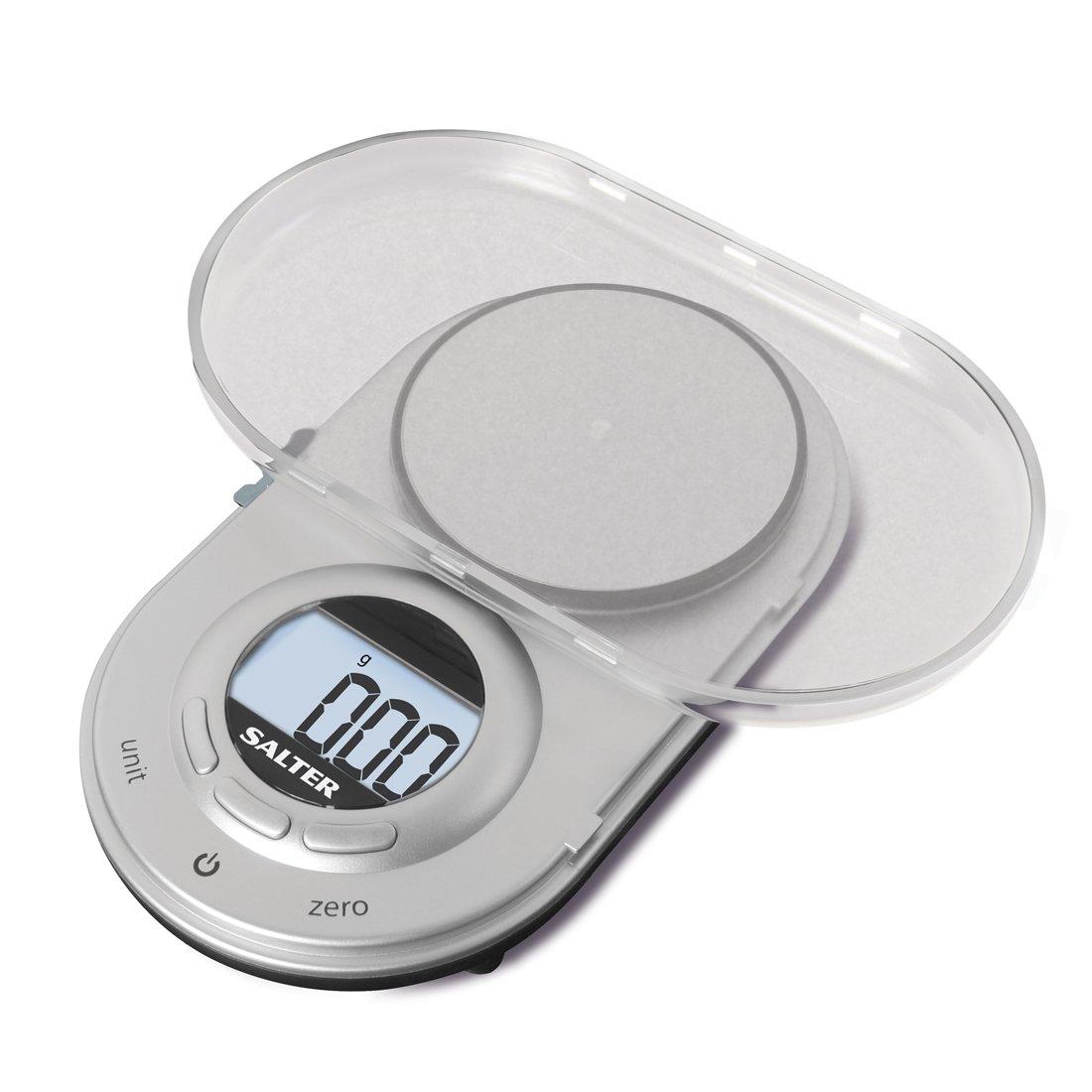 Salter 1260 SVDR Bilancia Dietetica di Precisione, Pesa fino a 500g, Incrementi di 0.05 Grammi, Il coperchio Diventa il recipiente per la Pesata, Grigio 1260 SVDR_