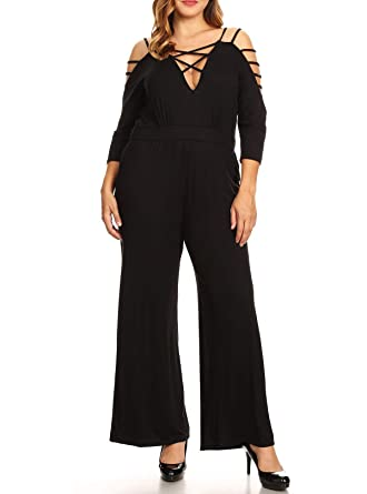 e7c9a8de5eca Amazon.com  eVogues Plus Size Strappy V-Neck Jumpsuit Black - 1X  Clothing