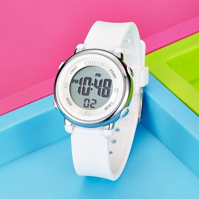 d002392604f2 PIXNOR Chicas de múltiples funciones resistente al agua luz de fondo  pantalla cuarzo reloj deportivo OHSEN niños mujeres (blanco)  Amazon.es   Deportes y ...