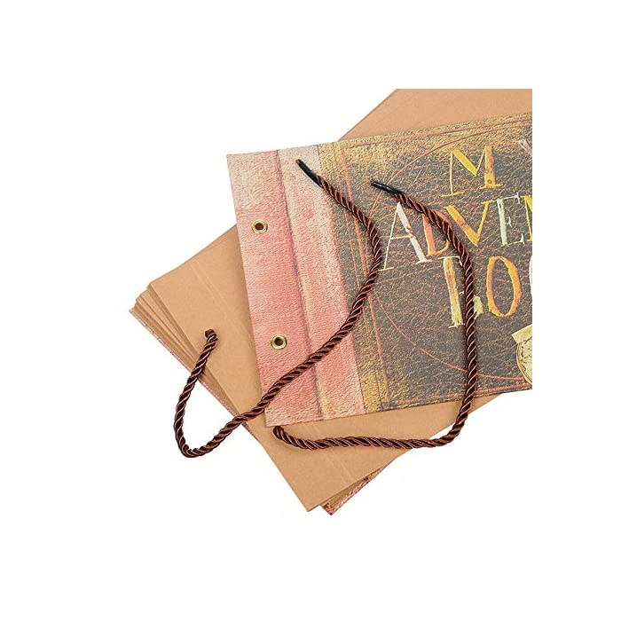 61d1GPBFq6L Libro de recortes de alta calidad. Dimensiones: largo de 27 cm y ancho de 19 cm. Dimensiones del interior de las páginas: largo de 26,4 cm x ancho de 18,5 cm, 40 hojas (80 páginas). Con capacidad para más de 160 fotos de 10 x 15 cm. Las páginas están sujetas por una bonita cuerda para añadir o reducir páginas libremente y son de papel kraft grueso liso que no se decolora. El libro de recortes viene con accesorios extra para que lo personalices: 6 postales individuales, 3 hojas con esquineras para fotos autoadhesivas y 8 bolígrafos de colores diferentes.