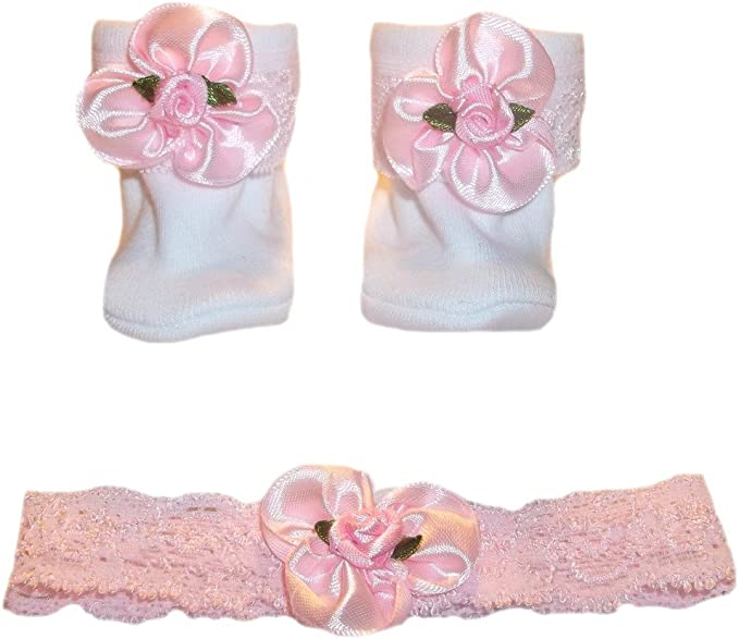 5 Preemie and Newborn Sizes Baby Girls Light Pink Booties with Rose on Toes