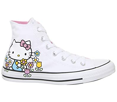 2converse chuck taylor hello kitty