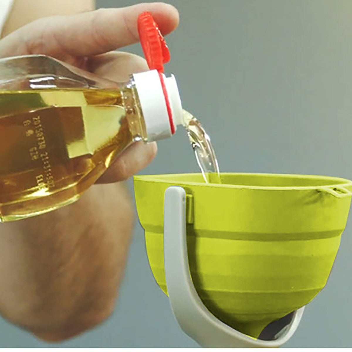 LONGLISHENG Collapsible Funnel, Silicone Folding Funnel Kitchen Funnels with Handles for Liquid Transfer