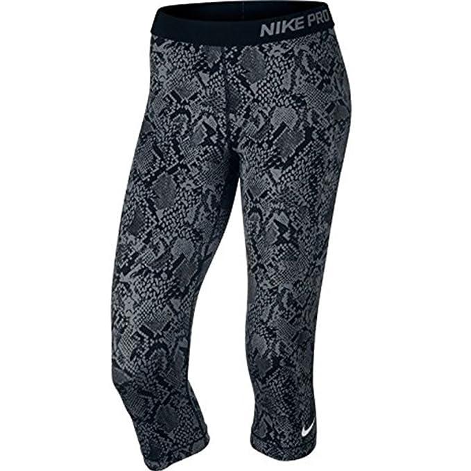 1518c0aaf0484 Amazon.com  Nike Womens Pro Heights Vixen Training Capris (Black ...