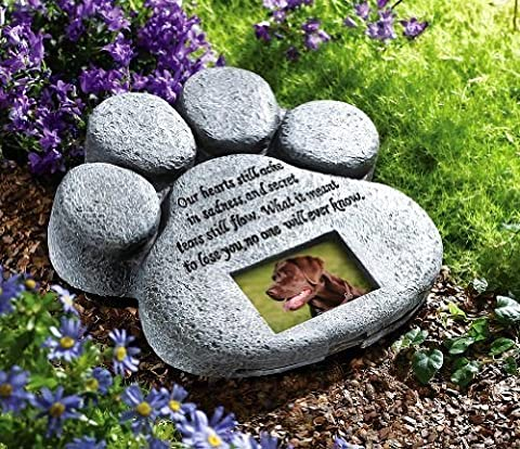 CTD Store Dog Cat Paw Print Grave Memorial Stone, This Beautiful Paw Print Is The Perfect Way To Mark The Bellowed Pet 's Final Resting Peace - Indoor And Outdoor - Picture Paw Print