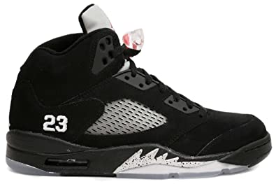 d842d4aebdfc Amazon.com  AIR Jordan 5 Retro  2011 Release  - 136027-010  Shoes