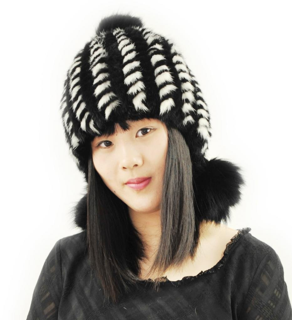 CX FUR Women Fur Caps And Hats Genuine Mink Fur Caps,Black And White by CX FUR