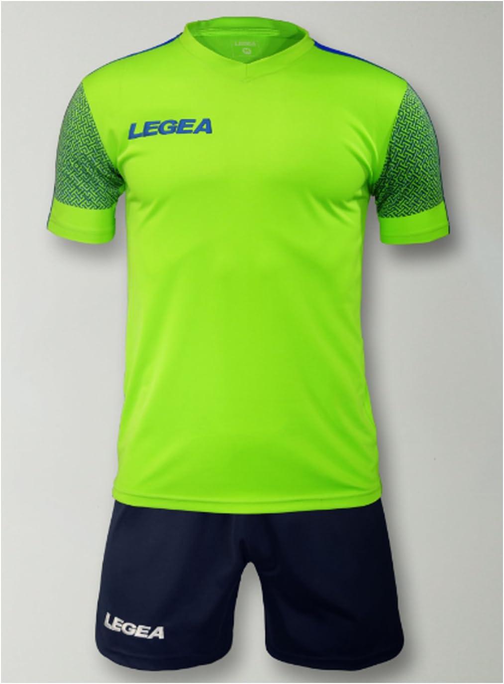 LEGEA Kit Praga Futbolín Completo Camiseta y pantalón Deportivo Torneo, Verde Fluo-BLU Chiaro, M: Amazon.es: Deportes y aire libre