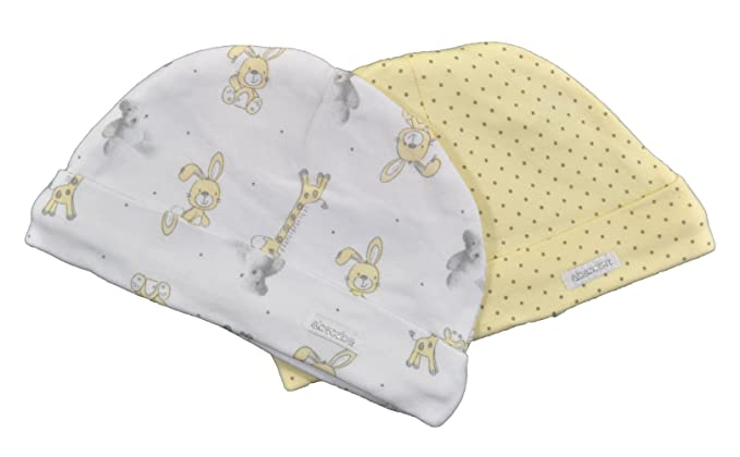 ad118cc2ab40 Amazon.com  Disney Baby Newborn Hat Set