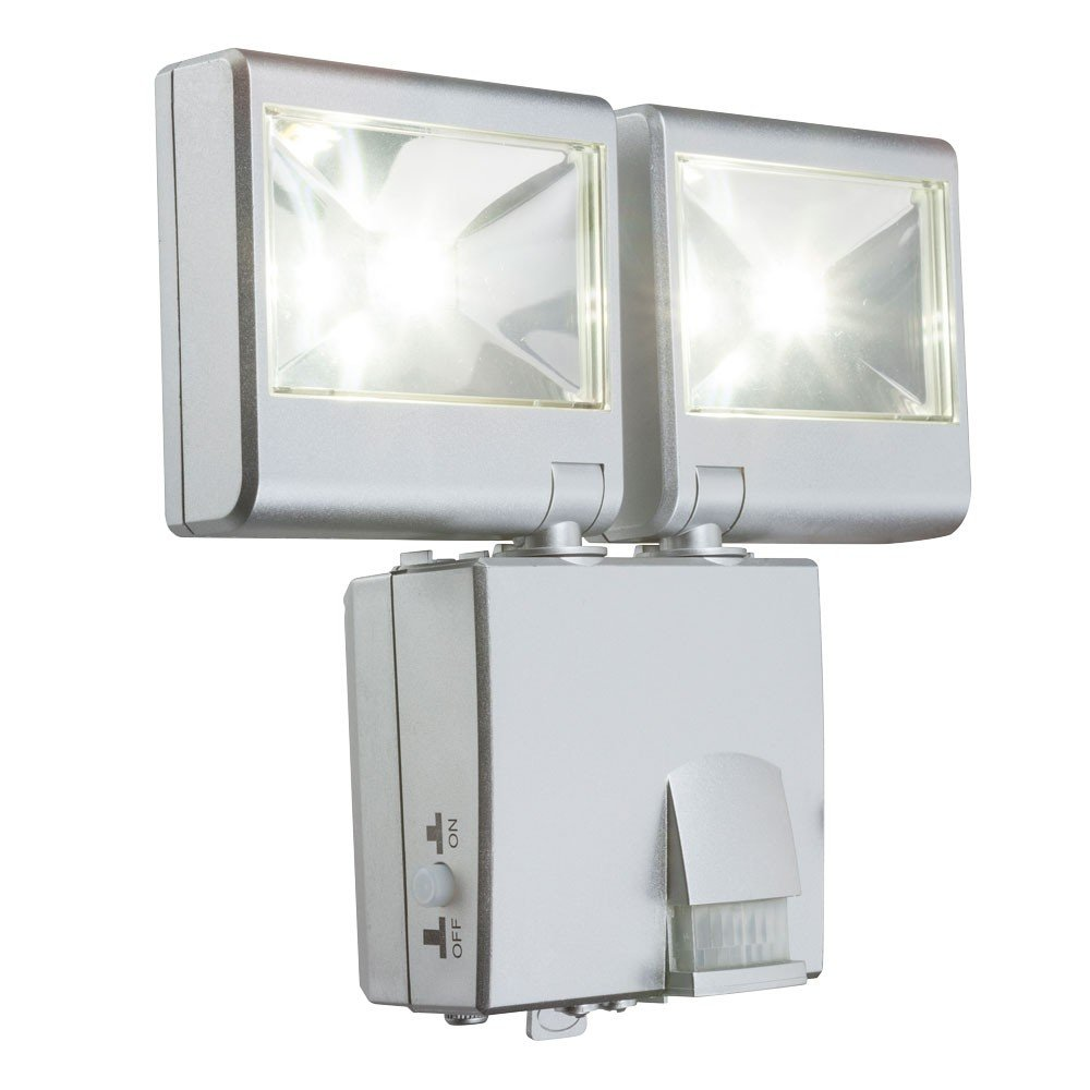 Led auen wand lampe spots beweglich strahler fluter ip44 led auen wand lampe spots beweglich strahler fluter ip44 bewegungsmelder batteriebetrieben globo 3724s amazon beleuchtung parisarafo Choice Image