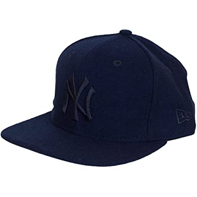 New Era 9FIFTY New York Yankees Snapback Cap - Melton Tonal - Navy  Medium Large d3db15b70a7d