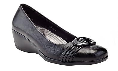 02014b464ca Rasolli Women s Low Wedge Career Shoes