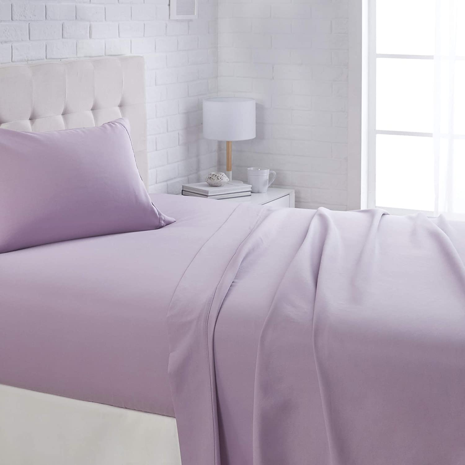 "AmazonBasics Lightweight Super Soft Easy Care Microfiber Sheet Set with 16"" Deep Pockets - Twin XL, Frosted Lavender"