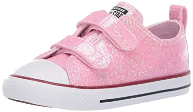 998dcdfe01cdac Converse Girls Infants  Chuck Taylor All Star 2V Glitter Low Top Sneaker