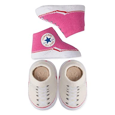 d43b5500ce47c8 Amazon.com  Converse Baby Booties Set for Infant Boys and Girls (0-6 ...